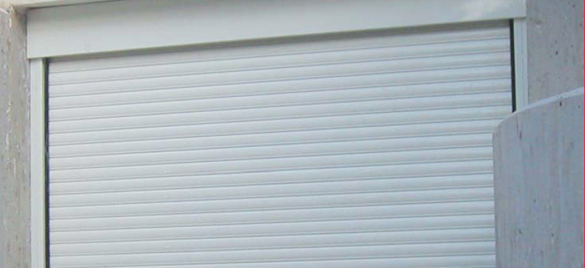 GA60 Roller shutter made of extruded aluminum profile, 1,5mm thick.