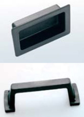 Handle Available in two types, embedded or external made of solid PVC.