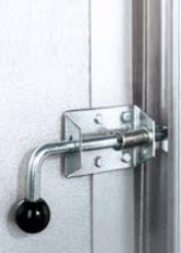 Safety lock Four double security against burglary, you may add to the Voyager garage door the special security lock that is fitted with a pin for lateral locking onto the guides (optional equipment).